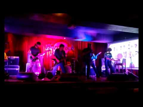 Waqt Hai Tera live at Hard Rock Cafe Saket