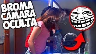 "Os traigo una cámara oculta donde mi novia se moja con botella llena de agua por broma.JUEGOS BARATOS cod ""APIO"": https://www.g2a.com/r/apixeladosLorena: https://www.youtube.com/channel/UCdgXnT6VMElETbV9czxX_ngCanal Sec: https://www.youtube.com/channel/UCPBIPszUmcnItNaI8D4xuqA•Twitter: https://twitter.com/apixelados•Instagram: https://www.instagram.com/apixelados_/•Facebook: https://facebook.com/apixelados►Descuentos del canal: •Juegos baratos ""APIO"": https://www.g2a.com/r/apixelados•MINECRAFT: https://www.g2a.com/r/minecraftparavosotros►Vídeos:•Especial 500000 suscriptores: https://goo.gl/gAMFsC•Especial 300000 suscriptores: https://goo.gl/brt1wj•Survimods: https://goo.gl/K1m5Lp•Surviland 3: https://goo.gl/YV4YNZ•Minecraft PE texture pack: https://goo.gl/P1XlEj•Texture pack Apixelados: https://goo.gl/0A7D9Z¡¡¡¡Si os gusta el vídeo, dar a LIKE, compartid y suscribiros!!!!Vexento:https://soundcloud.com/vexentoTobu: https://www.youtube.com/user/tobuofficialOutro:https://www.youtube.com/user/D1ofAquavibehttp://www.d1ofaquavibe.com/music"