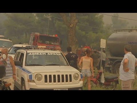 Κινέτα: Εκκενώθηκαν τρεις οικισμοί
