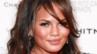 Video Shady Things About Chrissy Teigen Everyone Just Ignores MP3, 3GP, MP4, WEBM, AVI, FLV Maret 2018