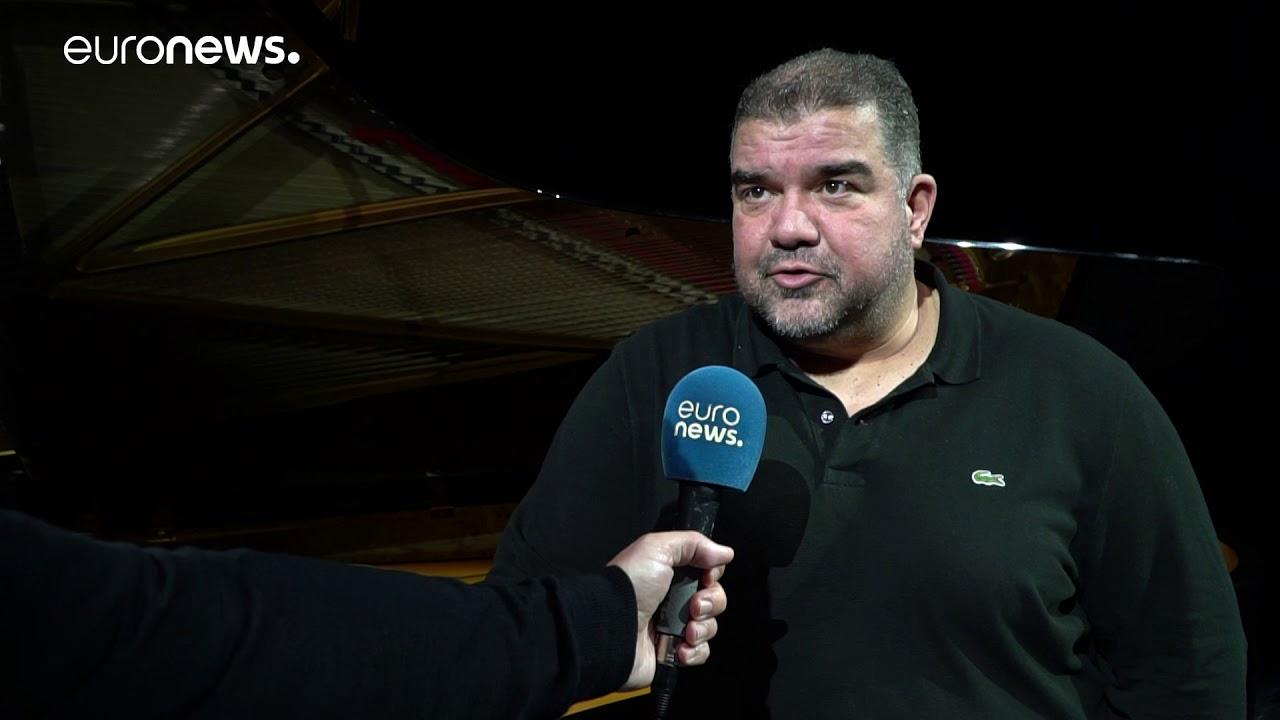 Ο βαρύτονος Δημήτρης Πλατανιάς στο euronews