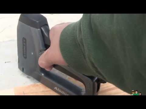 Stanley TR250 Staple Gun Review and Test