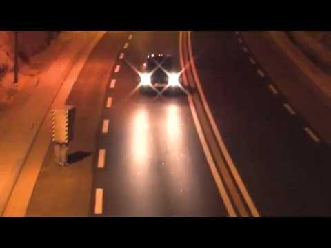 autovelox umano fotografa auto della polizia - remi gaillard