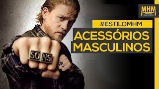 Tem dificuldade de usar acessórios masculinos? Não sabe onde encontrar acessórios masculinos? Não tem talento para comprar pulseiras, colares e anéis?No vídeo de hoje, o Leo e a Maria sentaram para separar uma série de dicas para quem quer usar acessórios masculinos.Confira nossa seleção de acessórios abaixo:● Pulseira marrom: http://go.mhm.link/baa0v● Pulseira Sortida: http://go.mhm.link/baa0w● Kit com 3 pulseiras:http://go.mhm.link/baa0x● Pulseira Preta: http://go.mhm.link/baa0y● Reno Black: http://go.mhm.link/baa0z● Key Slim Black: http://go.mhm.link/baa00● Escapulário: http://go.mhm.link/baa01● Penas e Camurça: http://go.mhm.link/baa02● Anel em Aço Zircônia Negra Retangular: http://go.mhm.link/baa03● Anel em Prata São Jorge Envelhecido: http://go.mhm.link/baa04● Anel Preto: http://go.mhm.link/baa03Confira mais links sobre acessórios masculinos:● Como incrementar seu visual usando acessórios: http://manualdohomemmoderno.com.br/estilo/como-incrementar-seu-visual-usando-acessorios● Pulseiras, colares e anéis masculinos: dicas e modelos para se inspirar: http://manualdohomemmoderno.com.br/estilo/pulseiras-colares-e-aneis-masculinos-dicas-e-modelos-para-se-inspirar● Pulseira masculina, como usar o acessório: http://manualdohomemmoderno.com.br/estilo/pulseiras-masculinas-nao-tenha-medo-ou-preconceito-para-apostar-no-acessorioSaiba onde encontrar o MHM:● Facebook: https://www.facebook.com/ManualdoHomemModerno● Instagram: https://instagram.com/blogmhm● Snapchat: https://www.snapchat.com/add/blogmhm