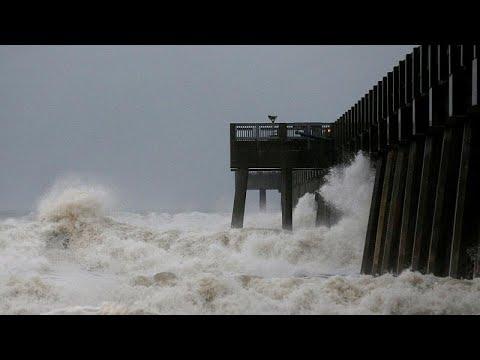 Έφτασε στη Φλόριντα ο τυφώνας Μάικλ