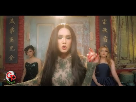 Download Lagu MULAN JAMEELA FEAT. JEBE & PETTY - BYE BYE BOY (OFFICIAL MUSIC VIDEO) Music Video