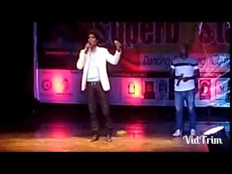 Abhi Mujh Me Kahi (Live) in Patna | Munawwar Ali