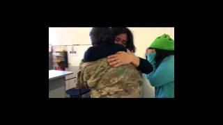 A Soldier Surprised Her Entire Family When She Came Home. Their Reaction Was Priceless!