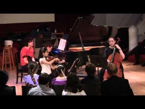 เอมิลี Haydn Piano Trio in E-Flat Maj, Hob. XV, 29 - Finale - Presto assai
