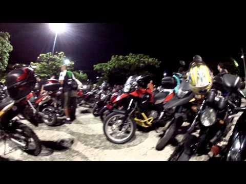 CB300: Filmando as motocas no Rio Vermelho