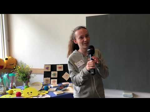 Jungreporterin Alina Reber auf dem Magischen Märit in der Schule Walkringen (Video: Giulia Giovinazzo)