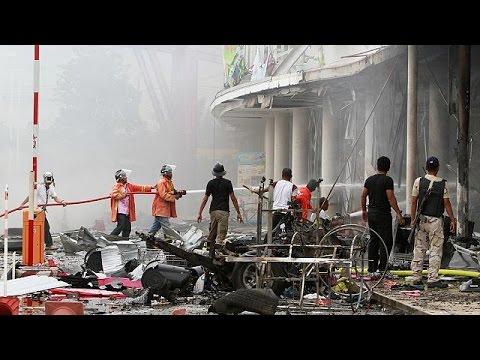 Δεκάδες τραυματίες από διπλή έκρηξη στην Ταϊλάνδη