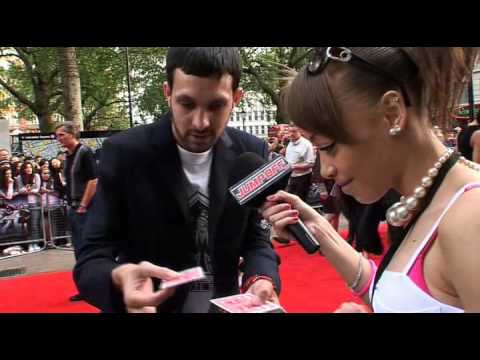 Dynamo Magic Trick on 4321 Red Carpet