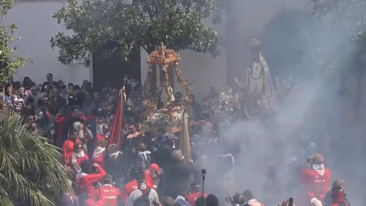 Η Γρανάδα γιορτάζει το Πάσχα με  100.000 κροτίδες