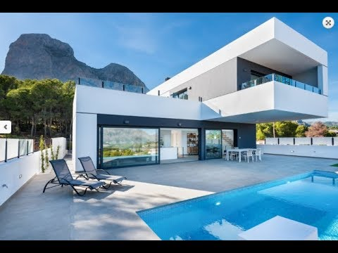 New luxury house in high-tech style at the Costa Blanca!