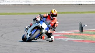 10. 2015 Yamaha YZF-R1 Review!