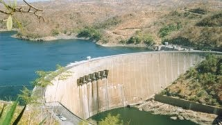 When build Lake Kariba was the largest man-made lake in the world. Self Drive Do it Yourself Zimbabwe:...
