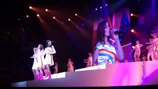 Download Lagu Lois en Isa bij K3 2012 Mp3
