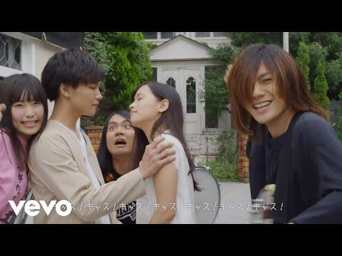 , title : 'ヤバイTシャツ屋さん - 「ハッピーウェディング前ソング」Music Video'