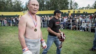 Pięknie się nadział! 48-letni dziadek niszczy 25-letniego zawodnika MMA!