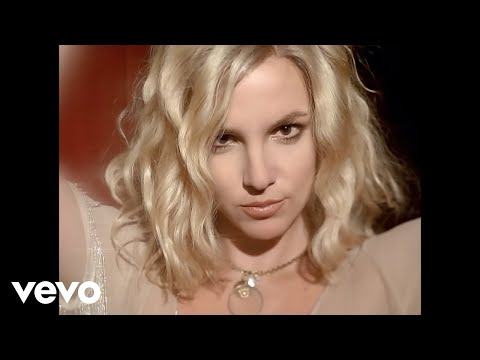 Britney Spears - Music video by Britney Spears performing Circus. (C) 2008 Zomba Recording LLC.