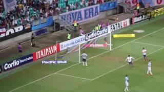 Com um gol de Zé Roberto, o Bahia saiu na frente do Avaí na primeira partida da Série B do Campeonato Brasileiro de Futebol 2016, disputada na Fonte Nova, em...