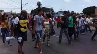 Com o país em situação de penuria, os vereadores de Camaçari resolveram aumentar os próprios salários em 50%, o que significa que dos atuais R$ 12 mil passar...
