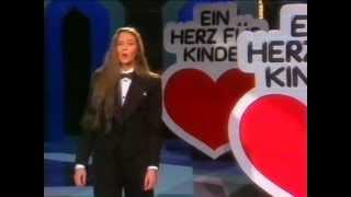 Andrea Jürgens - Ein Herz Für Kinder - Superhitparade - 1983