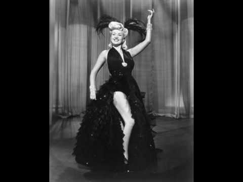 A tribute for burlesque stars (from Madame Vestris to Dita Von Teese)