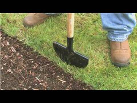 Lawn Care & Landscaping : How to Use a Manual Lawn Edger (видео)