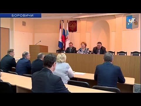 Спикер регионального парламента Елена Писарева посетила восточные районы Новгородской области