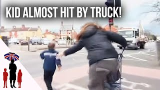 XxX Hot Indian SeX Panic As Young Child Runs Towards Busy Road Supernanny .3gp mp4 Tamil Video