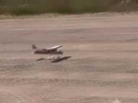 Смотреть видео Cessna 40  Value Series