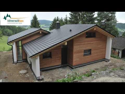 Zeitraffer Hausbau: Böhmerwaldhaus (Fertigteilhaus)