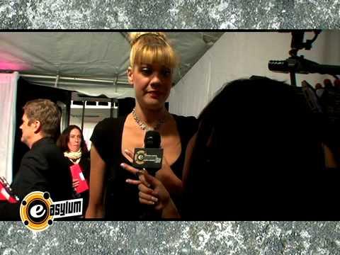 Bride Wars NY Premiere - Kristen Johnston Interview