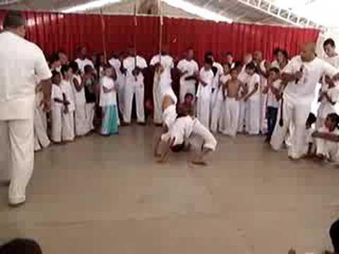 1º Encontro Mirim de Capoeira - Grupo Raízes em Liberdade
