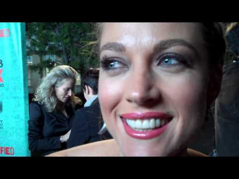 JUSTIFIED: Timothy Olyphant is STILL A DICK! *PART II* Natalie Zea from The Detour zings again
