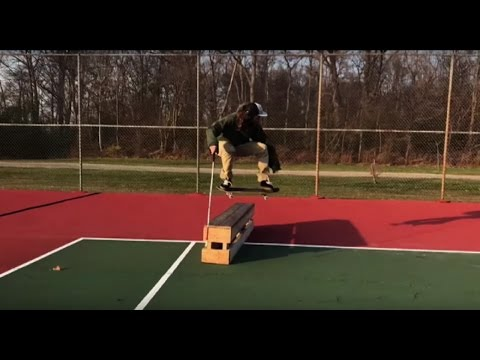 Unbelievable Blind Skateboarder Performing Tricks
