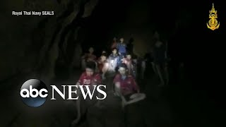 Video Missing soccer team found alive in a cave in Thailand after 10 days MP3, 3GP, MP4, WEBM, AVI, FLV Maret 2019