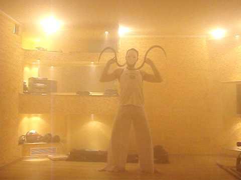 Buugeng: Ilusión con artes marciales