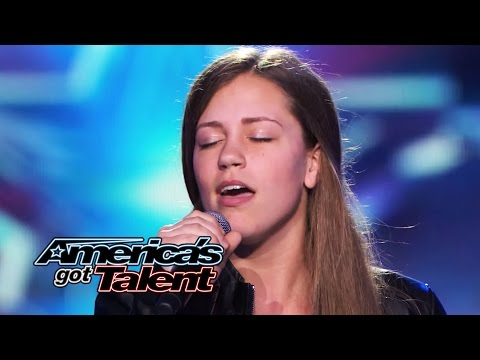 Year - The 15-year-old singer-songwriter performs