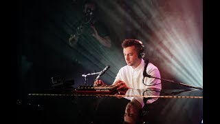 Video Twenty One Pilots' Tyler Joseph strips down their hits in this exclusive Storyteller Performance MP3, 3GP, MP4, WEBM, AVI, FLV Agustus 2019
