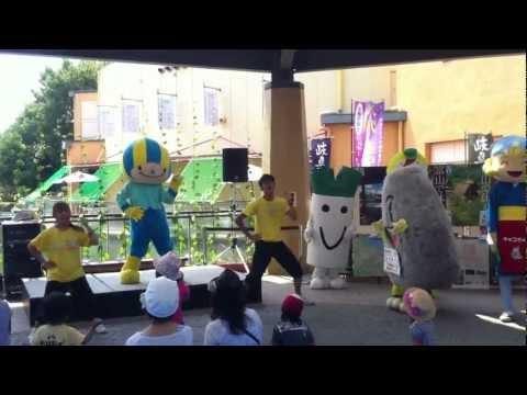 岐阜県富山県じまん祭りでゆるキャラ