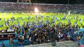 Video AREMANIA TURUN KELAPANGAN || AREMA VS PERSIB MP3, 3GP, MP4, WEBM, AVI, FLV April 2018