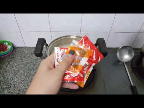 How To Cook Mama. (Thai Instant Noodle)