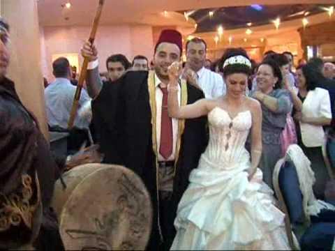 استقبال العرسان -  مصطفى دحلة