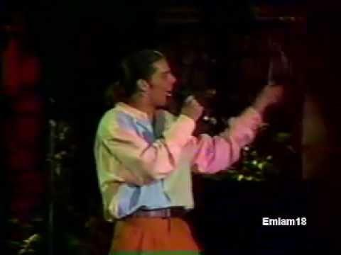 Ricky Martin - Juego de Ajedrez (Siempre en Domingo 1991)