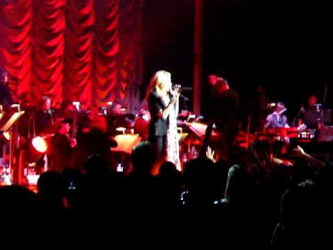 Davethreshold - My Seat was O-22, LEFT side. Were you near me? This was Carrie's encore after a wonderful concert at Chicago's Ravinia (Highland Park, IL.) I really think th...