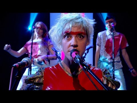 VIDEO: tUnE-yArDs - Water Fountain - Later... with Jools Holland
