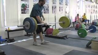 Weightlifting training footage of Catalyst weightlifters. Jessica snatch, Alyssa snatch, Mike snatch push p